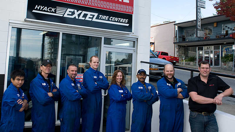 Hyack Tire auto repair service team